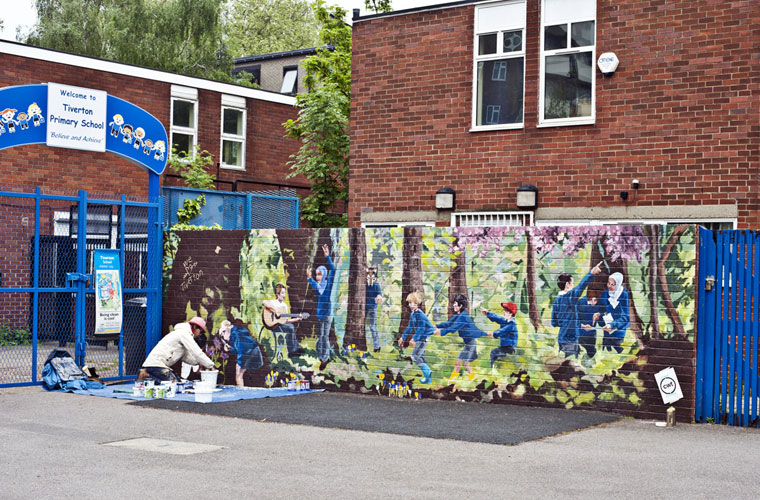 tiverton primary school woodland mural